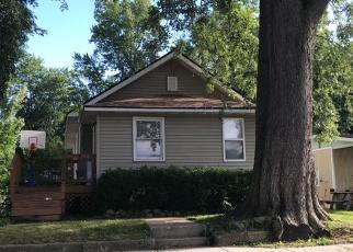 Pre Foreclosure in Watseka 60970 E ASH ST - Property ID: 1006260751