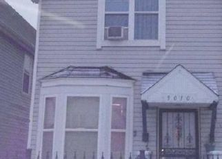 Pre Foreclosure in Chicago 60617 S BRANDON AVE - Property ID: 1006336967
