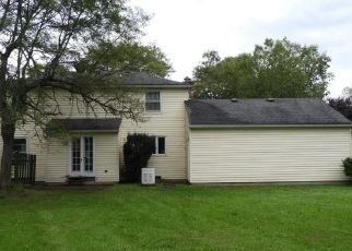 Pre Foreclosure in East Amherst 14051 KINGSBROOK CT - Property ID: 1006408789