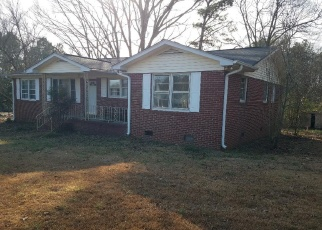 Pre Foreclosure in Pelzer 29669 EASTVIEW RD - Property ID: 1007217724