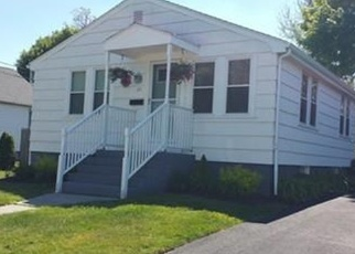 Pre Foreclosure in Somerset 02725 ALBANY ST - Property ID: 1007244885