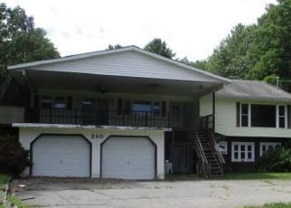 Pre Foreclosure in Queensbury 12804 BIG BOOM RD - Property ID: 1007384138