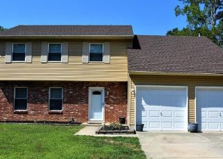 Pre Foreclosure in Williamstown 08094 HOLLY PKWY - Property ID: 1008868889
