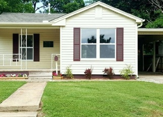 Pre Foreclosure in Chickasha 73018 S 10TH ST - Property ID: 1009770677
