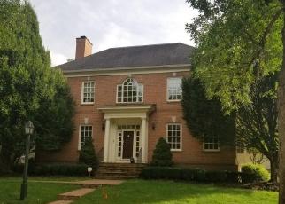 Pre Foreclosure in New Albany 43054 BERKLEY SQ S - Property ID: 1010148648