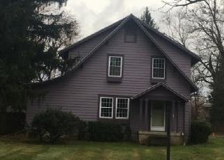 Pre Foreclosure in Granville 43023 NEWARK GRANVILLE RD - Property ID: 1010328207
