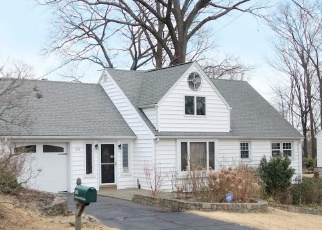 Pre Foreclosure in Norwalk 06854 RICHMOND HILL RD - Property ID: 1010396986