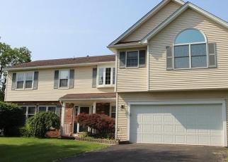 Pre Foreclosure in Farmington 14425 CREEK POINTE - Property ID: 1010906787