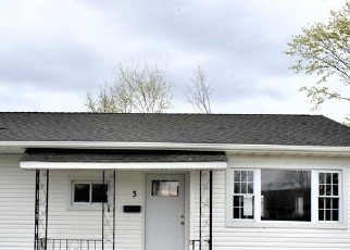 Pre Foreclosure in Amityville 11701 SOMERSET RD N - Property ID: 1010939176