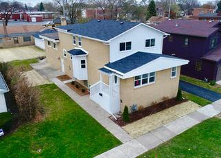 Pre Foreclosure in Lyons 60534 AMELIA AVE - Property ID: 1011185321