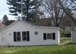 Pre Foreclosure in Hobart 46342 STATE ST - Property ID: 1014048362