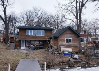 Pre Foreclosure in Lowell 46356 N LAKEVIEW DR - Property ID: 1014050558