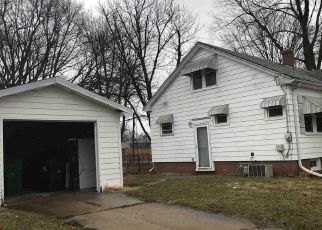 Pre Foreclosure in Peoria 61603 N CENTRAL AVE - Property ID: 1014799939