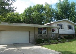 Pre Foreclosure in Oak Creek 53154 E FITZSIMMONS RD - Property ID: 1015230452