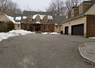 Pre Foreclosure in Hackettstown 07840 STEPHENS STATE PARK RD - Property ID: 1016127423