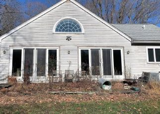 Pre Foreclosure in Wilton 06897 CHEESESPRING RD - Property ID: 1016791390