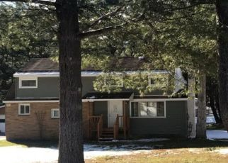 Pre Foreclosure in Syracuse 13215 BUSSEY RD - Property ID: 1018645333