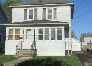 Pre Foreclosure in Syracuse 13208 MEDFORD RD - Property ID: 1023198969