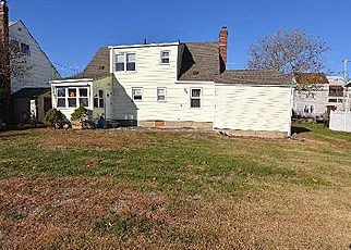 Pre Foreclosure in Freeport 11520 W 3RD ST - Property ID: 1026220990