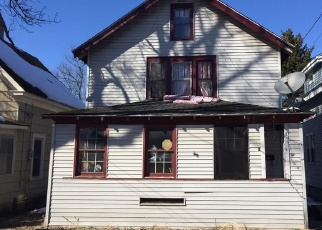 Pre Foreclosure in Nedrow 13120 MEREDITH AVE - Property ID: 1027424527