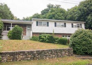 Pre Foreclosure in Waterbury 06710 FISKE ST - Property ID: 1028551881