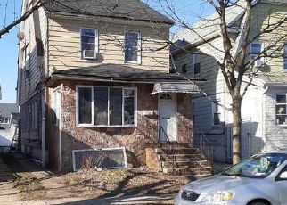 Pre Foreclosure in Queens Village 11428 211TH ST - Property ID: 1029864484