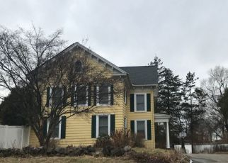 Pre Foreclosure in Wethersfield 06109 GRISWOLD RD - Property ID: 1031955366