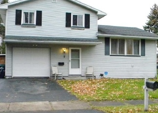 Pre Foreclosure in Rochester 14606 VALENCIA DR - Property ID: 1032521226