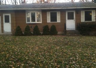 Pre Foreclosure in Syracuse 13209 BAKER BLVD - Property ID: 1032595694