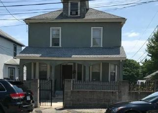Pre Foreclosure in Mattapan 02126 SAVANNAH AVE - Property ID: 1032709564