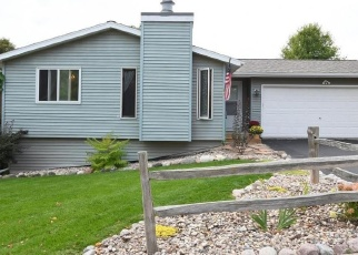 Pre Foreclosure in West Bend 53090 SQUIRE LN - Property ID: 1033239517