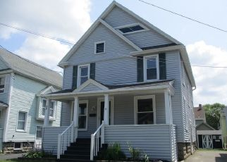 Pre Foreclosure in Batavia 14020 N LYON ST - Property ID: 1033568428