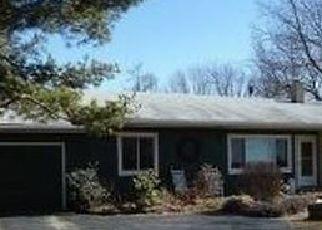 Pre Foreclosure in Owego 13827 MONTROSE TPKE - Property ID: 1033658652