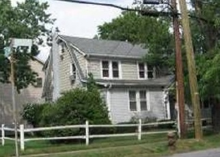 Pre Foreclosure in Staten Island 10306 GUYON AVE - Property ID: 1033681421