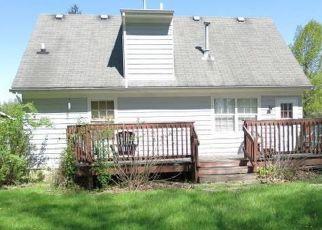 Pre Foreclosure in Louisville 40291 PAUL ALAN WAY - Property ID: 1033788286