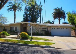 Pre Foreclosure in Woodland Hills 91364 HEAVEN AVE - Property ID: 1033934127
