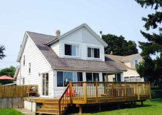 Pre Foreclosure in Rochester 14612 EDGEMERE DR - Property ID: 1033943780