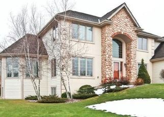 Pre Foreclosure in Menomonee Falls 53051 TAYLORS WOODS DR - Property ID: 1034057196