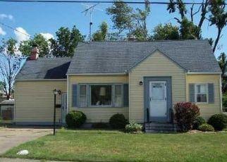Pre Foreclosure in Orchard Park 14127 BURMON DR - Property ID: 1034275310
