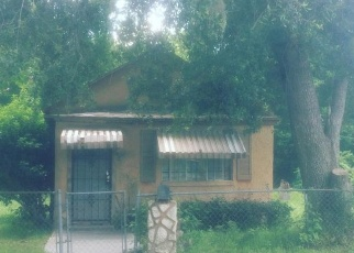 Pre Foreclosure in Jacksonville 32208 RUTLEDGE AVE - Property ID: 1034826281