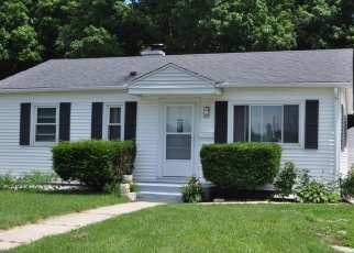 Pre Foreclosure in West Bend 53095 MADISON AVE - Property ID: 1034926589