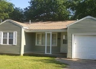 Pre Foreclosure in Muskogee 74401 W BROADWAY ST - Property ID: 1035646619