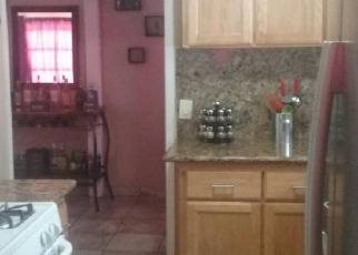 Pre Foreclosure in Stockton 95205 N WINDSOR AVE - Property ID: 1036657456