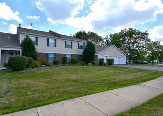 Pre Foreclosure in Palatine 60067 N DEER RUN DR - Property ID: 1036871181