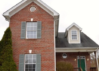 Pre Foreclosure in Shelbyville 40065 CLIFTON CT - Property ID: 1036958794
