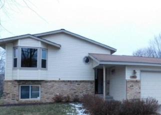 Pre Foreclosure in Monticello 55362 MEADOW OAK DR - Property ID: 1037004779