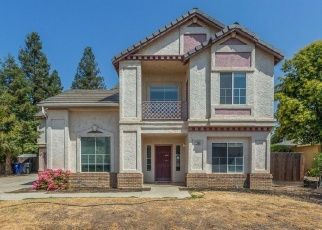 Pre Foreclosure in Clovis 93611 OAK AVE - Property ID: 1037691966