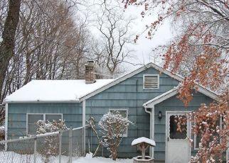 Pre Foreclosure in Danbury 06811 GOLDEN HILL RD - Property ID: 1037755457