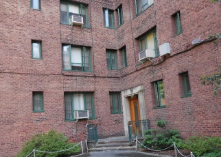 Pre Foreclosure in Bronx 10462 PARKCHESTER RD - Property ID: 1038142632