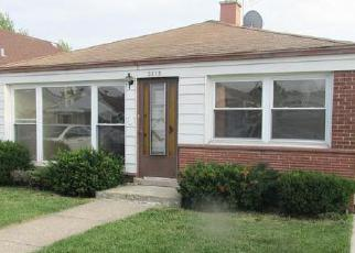 Pre Foreclosure in Chicago 60652 W 77TH ST - Property ID: 1038568336